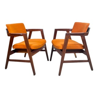 Mid Century Modern Restored Armchairs by w.h. Gunlocke For Sale