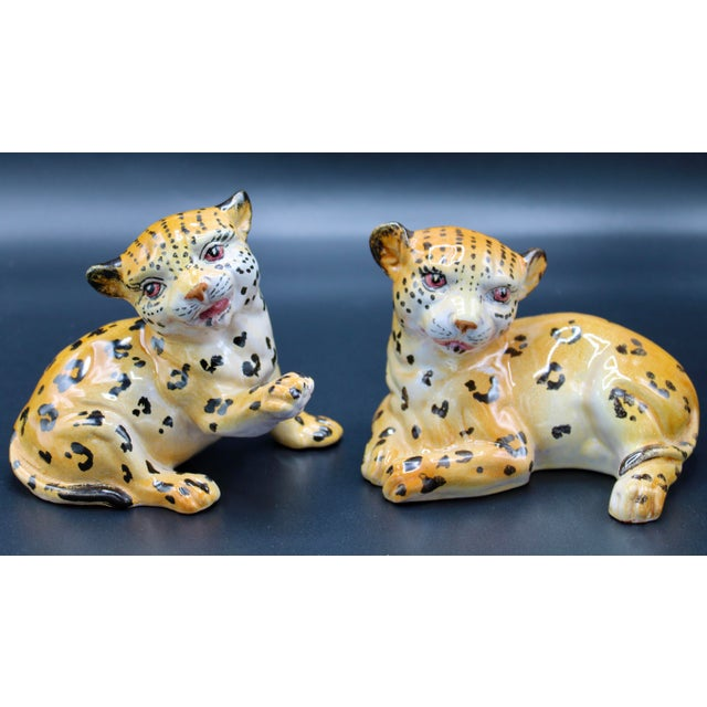 Mid-20th Century Italian Mottahedeh Terra Cotta Leopards - a Pair For Sale - Image 12 of 13