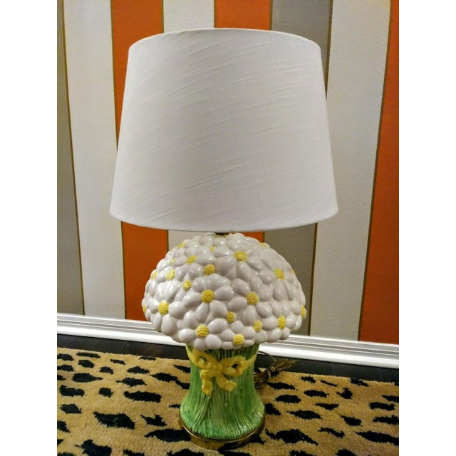 Rare Vintage Paul Hanson Large Daisy Bouquet Ceramic Table Lamp W/ Shade For Sale In West Palm - Image 6 of 6
