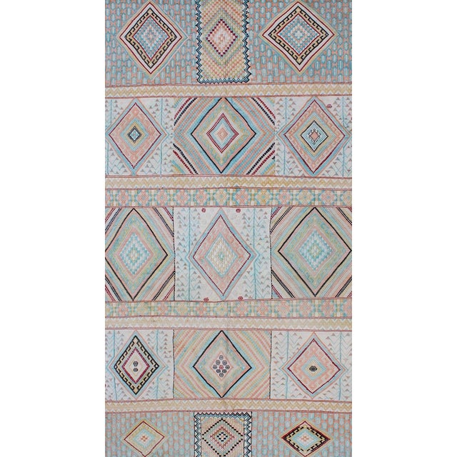 Moroccan Keivan Woven Arts, S12-0303, Vintage Mid-Century Embroidered Moroccan Rug - 5′ × 9′ For Sale - Image 3 of 10