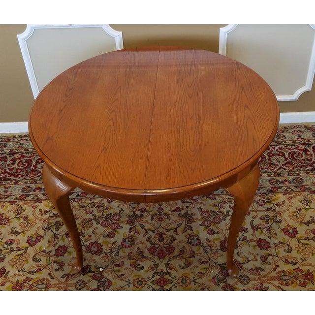 1990s Carleton Oak Drexel Heritage Queen Anne Round Dining Room Set For Sale - Image 11 of 11