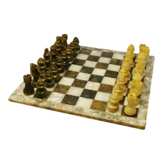 1960s Italian Chess Set in Green and Beige Marble Handmade For Sale