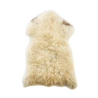 "Handmade Wool Sheepskin Pelt Rug - 2'4""x3'5"" For Sale"