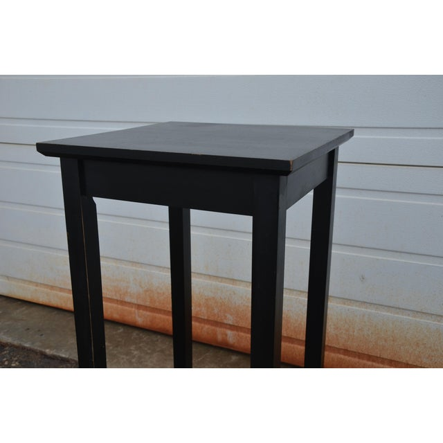 Simple Shaker Style Side Table - Image 5 of 8