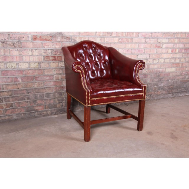 English Hancock & Moore Chesterfield Tufted Leather Club Chair For Sale - Image 3 of 11