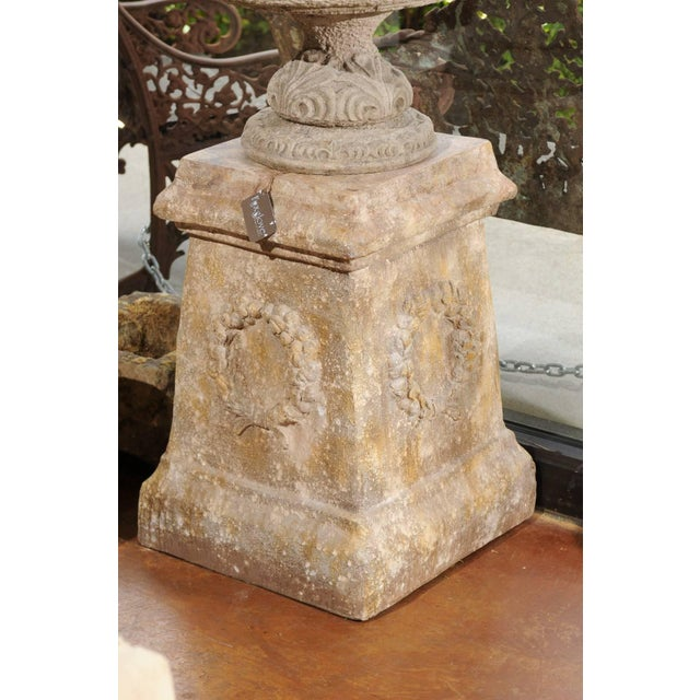 Mid-Century Modern Pair of Vintage Continental Faux Stone Garden Plinths with Wreath Motifs, 1960s For Sale - Image 3 of 12