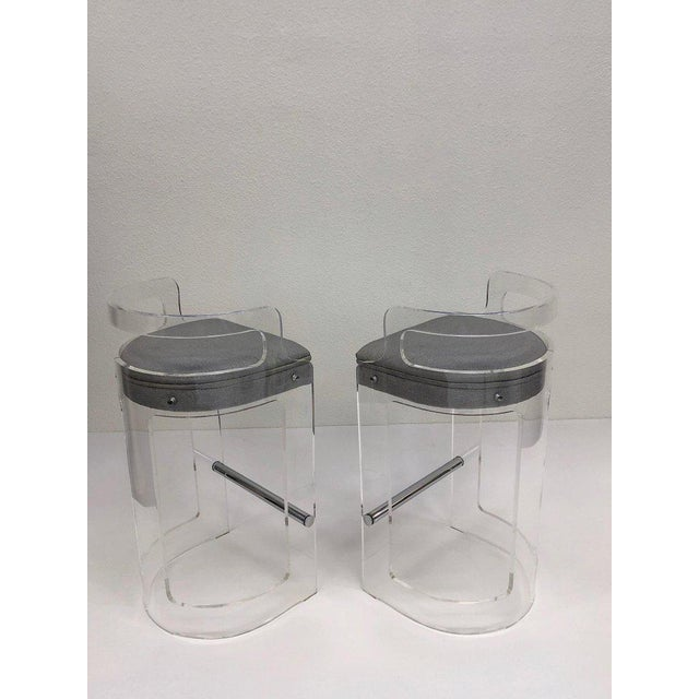 Acrylic 1980s Hill Manufacturing Co. Lucite and Chrome Barstools - a Pair For Sale - Image 7 of 10