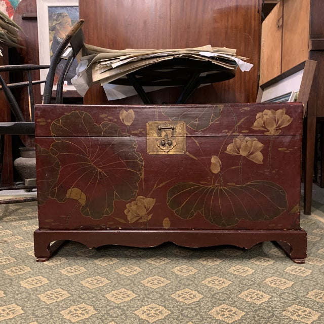 Vintage Chinese Lacquered Wedding Trunk For Sale - Image 10 of 10
