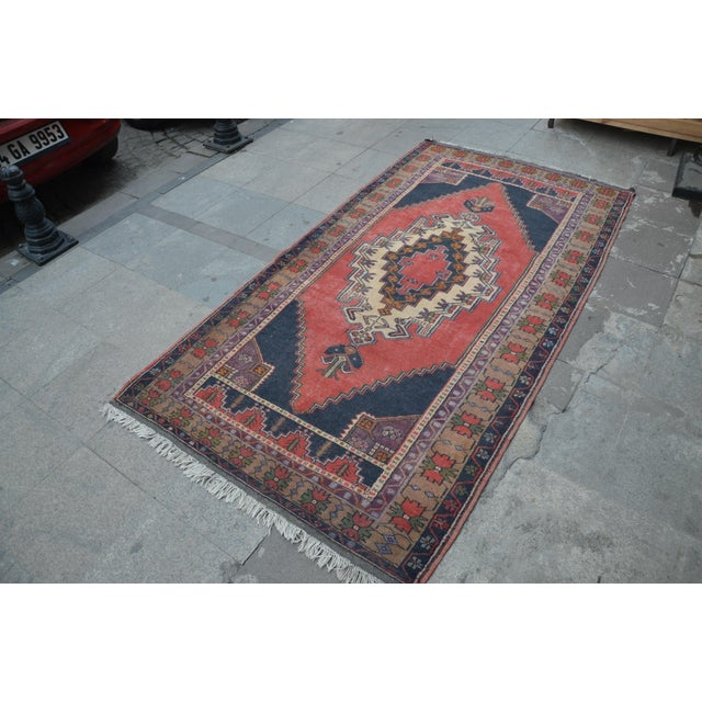 Turkish Anatolian Rug - 4′7″ × 8′7″ - Image 3 of 6