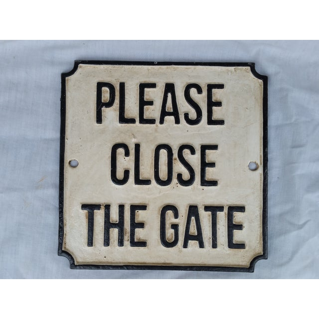 Cast Iron Please Close Gate Sign - Image 2 of 4
