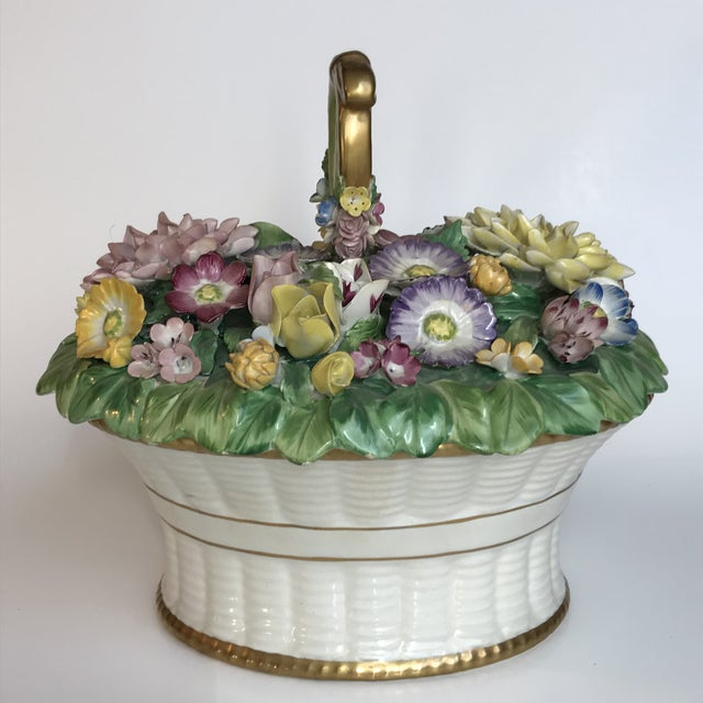 Mottahedeh Cottage Ceramic Floral Basket Lidded Centerpiece Dish For Sale In Chicago - Image 6 of 13