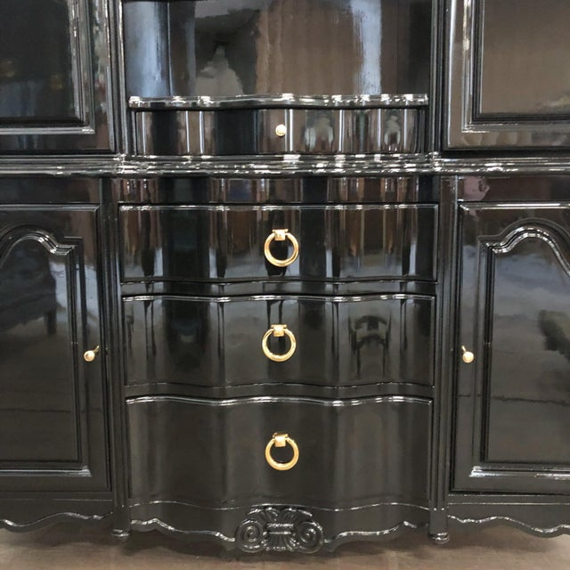 1970s Vintage Black Lacquer China Cabinet For Sale - Image 4 of 12