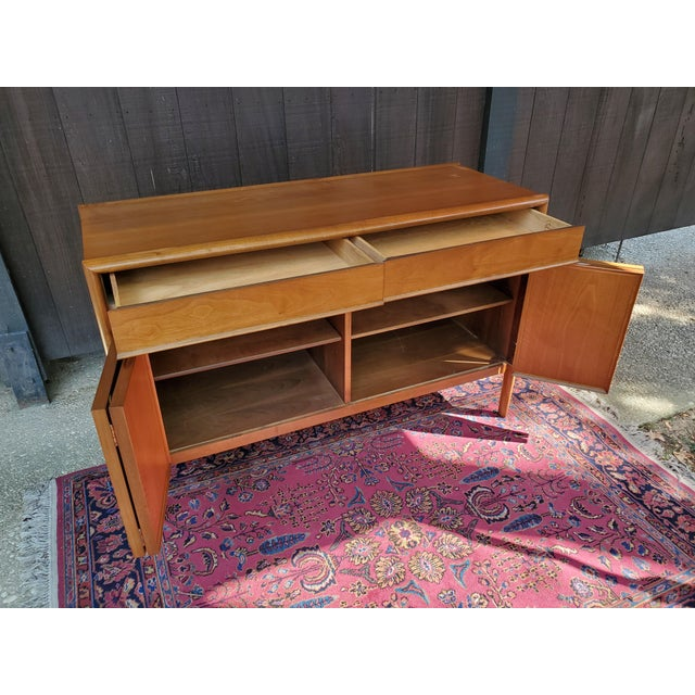 Drexel Mid-Century Modern Parallel China Cabinet For Sale In Baltimore - Image 6 of 13