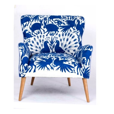 Arte Otomi proudly presents the 3rd piece of our new mid-century otomi embroidery collection! This is a truly vintage 60s...