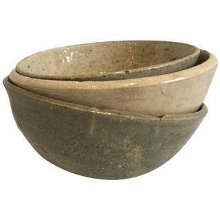Song Dynasty Collection of Three Celadon Ceramic Bowls For Sale