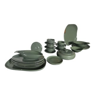 Russel Wright Dark Green Dinnerware Dishes - 27 Pieces For Sale