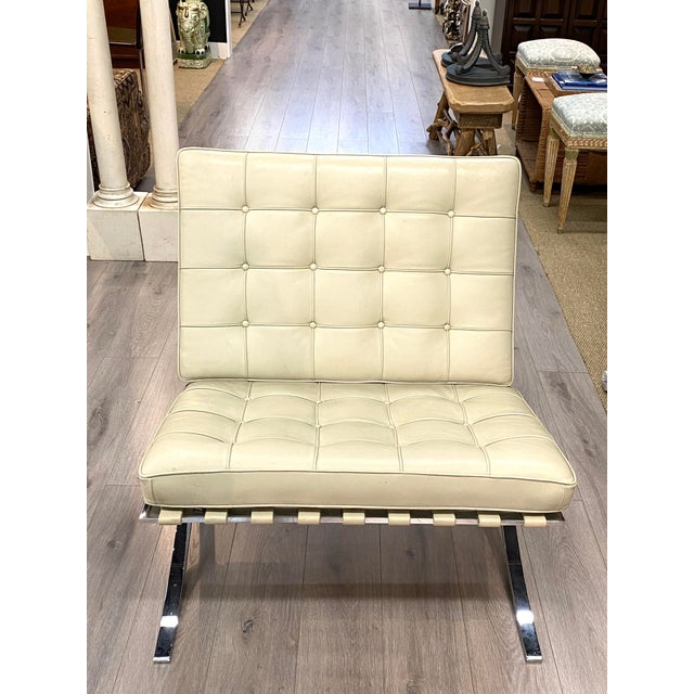 Vintage Leather Barcelona Lounge Chair Beige Chrome Made in Italy Beautiful For Sale - Image 10 of 10