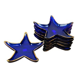 Set of 6 Vintage French Royal Blue Star Glass Plates With Gold Trim For Sale