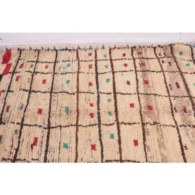 "Vintage Azilal Moroccan Rug - 4'2"" x 8'2"" - Image 4 of 4"