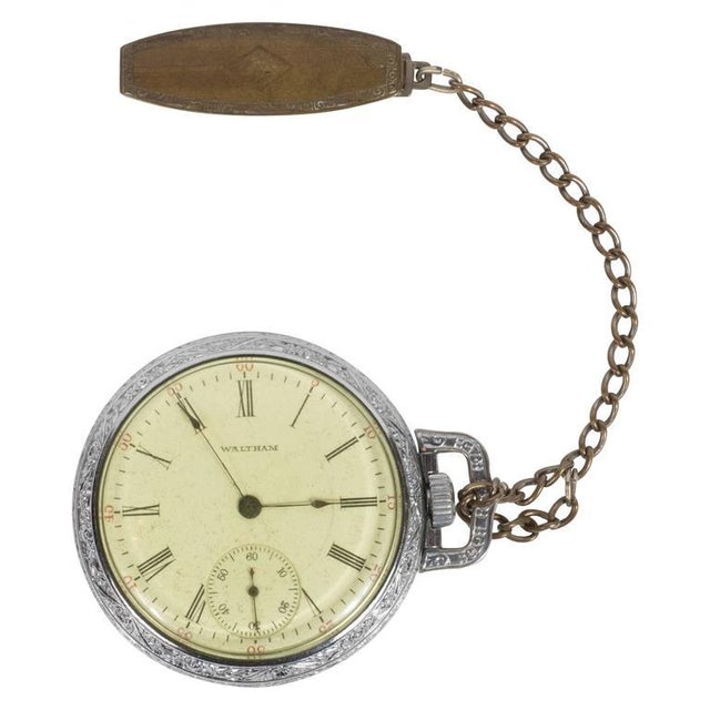 Antique Waltham Chronometer Pocket Watch with Foliate Engravings and Brass Chain For Sale - Image 11 of 11