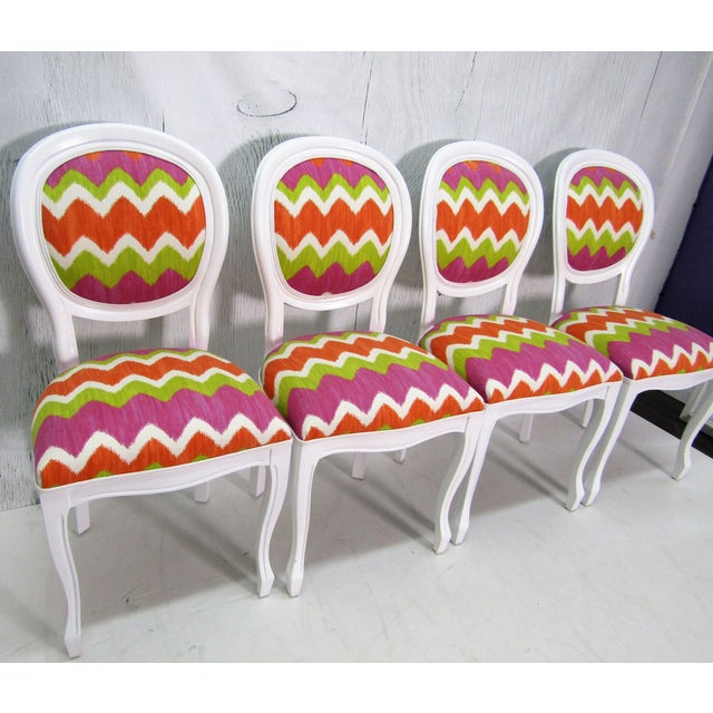 1970s Italian Beechwood Cameo Back in White Lacquer & Colorful Upholstery, Set of 4 For Sale - Image 5 of 6