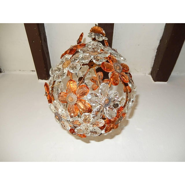 Clear and Peach Crystal Flowers Maison Baguès Style Chandelier For Sale - Image 6 of 8