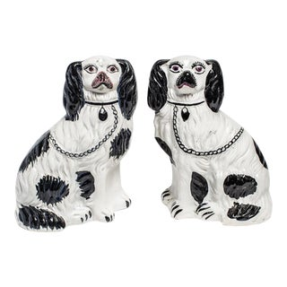 1900s English Traditional Staffordshire Dogs - a Pair For Sale