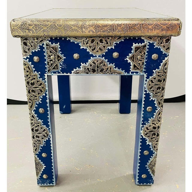 Hollywood Regency Style Moroccan Brass Blue Rectangular Side or End Table, Pair For Sale - Image 12 of 13