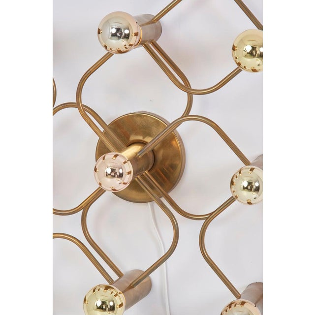 Mid-Century Modern Brass 9-Light Sciolari Flush Mount Wall or Ceiling Lamp by Leola For Sale - Image 3 of 8