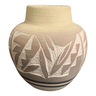 Vintage Mesa Verde Navajo Hand Painted and Hand Etched Pottery Vase, Signed For Sale
