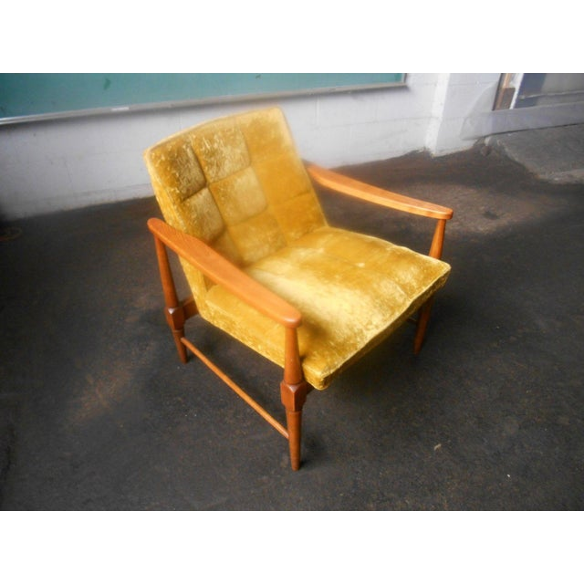 Textile Vintage Mid-Century Danish Modern Lounge Chairs- a Pair For Sale - Image 7 of 10