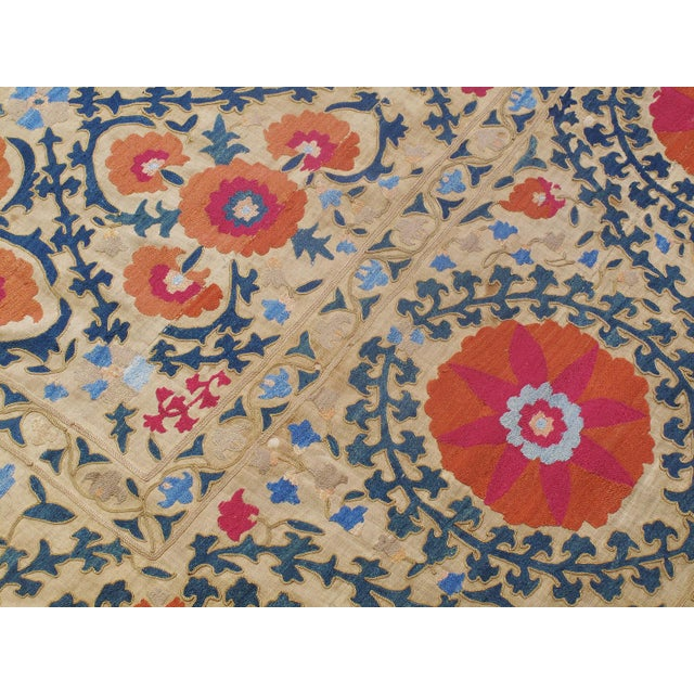"""Antique """"Suzani"""" (Dk-110-38) For Sale In New York - Image 6 of 9"""