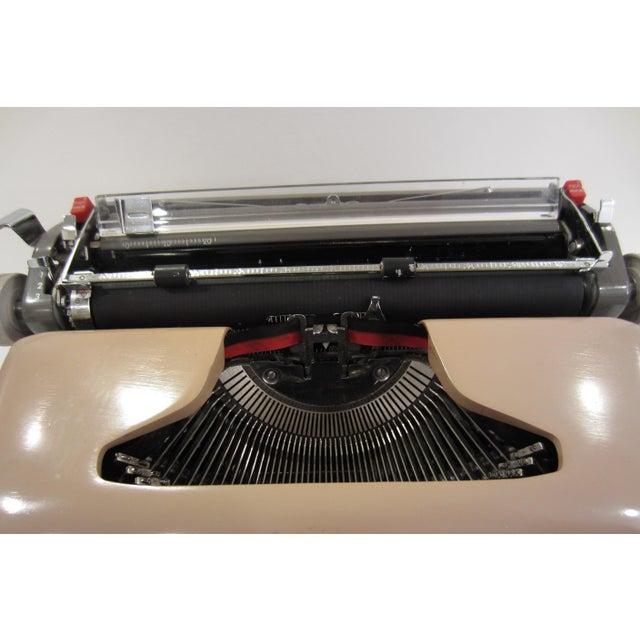 Mid-Century Royal Futura 800 Typewriter - Image 4 of 10