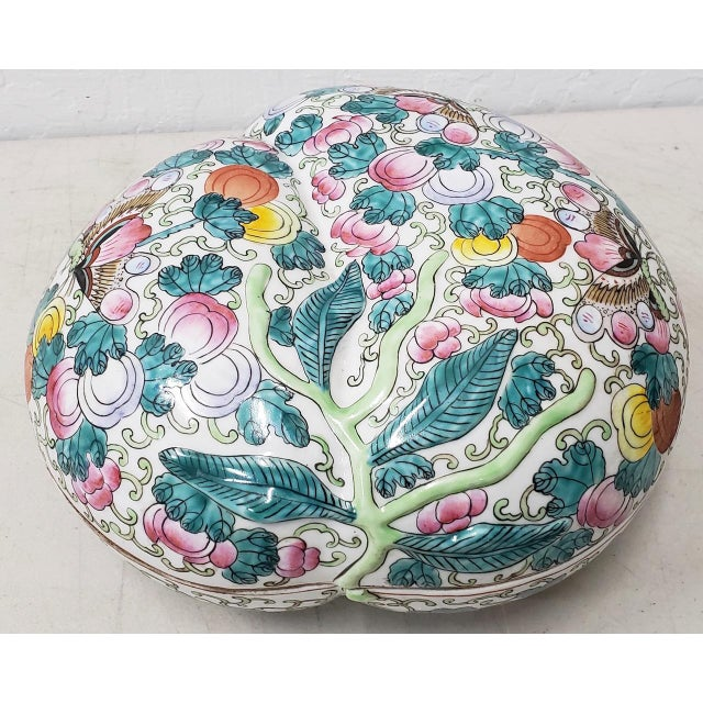 Mid 20th Century Mid 20th Century Chinese Porcelain Container With Lid For Sale - Image 5 of 10