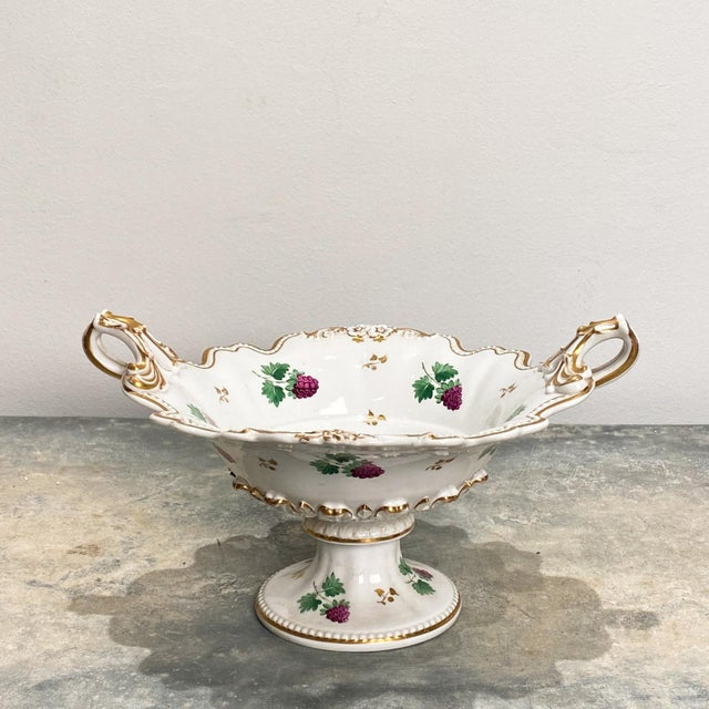 19th Century English Porcelain Footed Bowl For Sale In San Francisco - Image 6 of 8