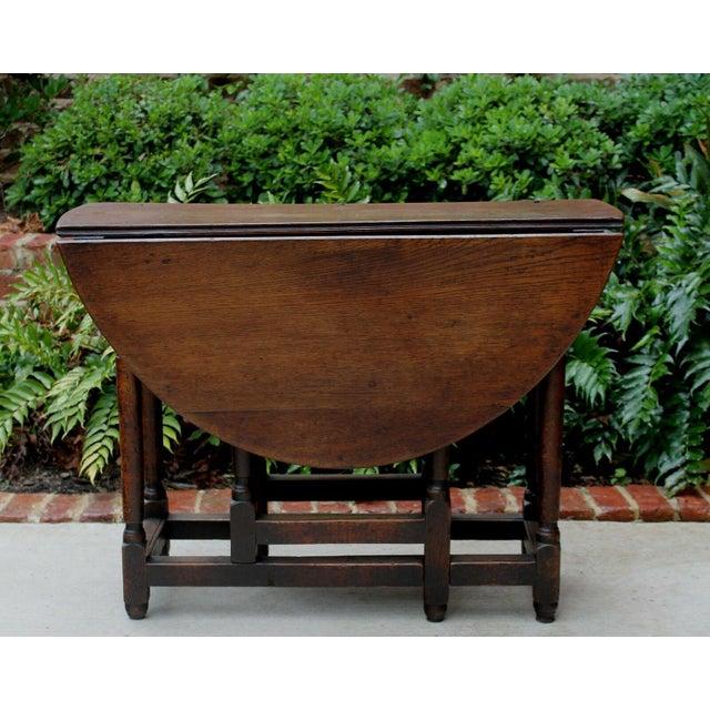 Antique English Traditional Oak Table Drop Leaf Gate Leg Farmhouse Sofa Table For Sale - Image 13 of 13