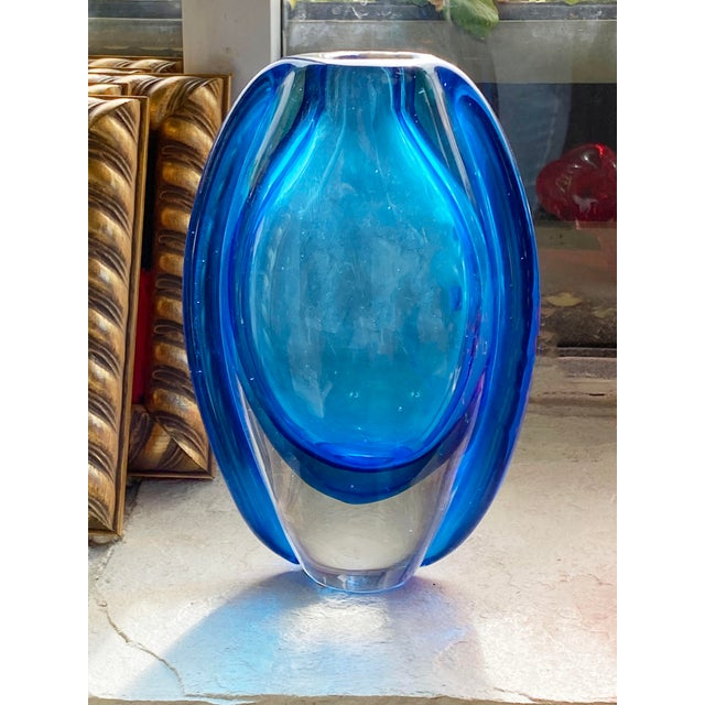 Vintage Mid Century Blue Art Glass Vase For Sale In Dallas - Image 6 of 7
