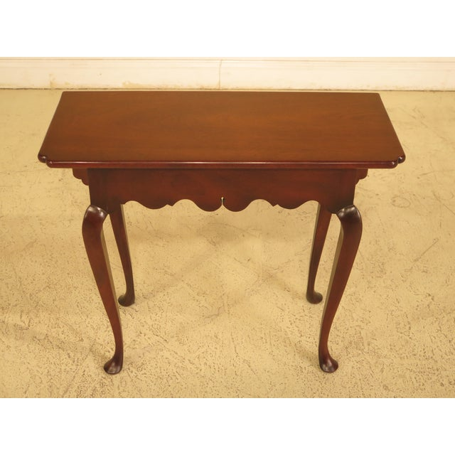 Item: 44078EC: KITTINGER WA-1020 Drop Leaf Williamsburg Occasional Table Age: Approx: 40 Years Old Details: Colonial...