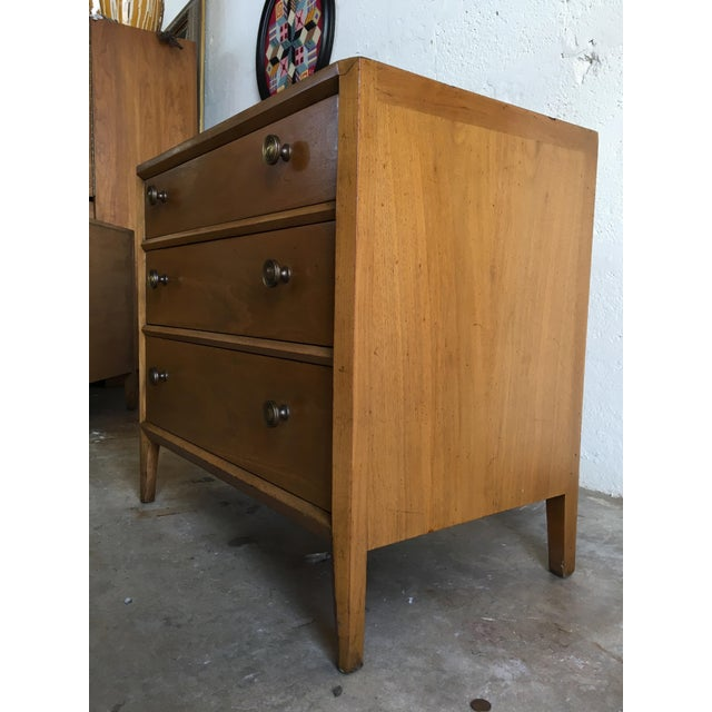 Vintage Mid Century Modern Nightstands by Mount Airy (a Pair) - Image 5 of 11
