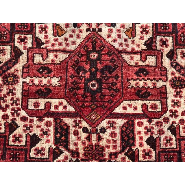 "Vintage Persian Qashghi Rug - 5'1""x8' - Image 4 of 9"