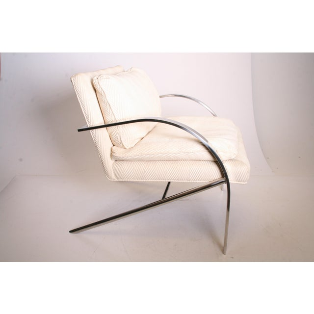 VINTAGE UPHOLSTERED ARM CHAIR. Polished chrome with original padded seat and back. Nice 70s/80s piece by Bernhardt - Flair...
