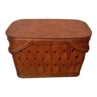 1950's Vintage Picnic Basket For Sale