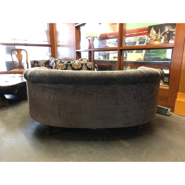 Art Deco 1930s Vintage Jazz Age Reupholstered Art Deco Kidney Shaped Sofa For Sale - Image 3 of 11