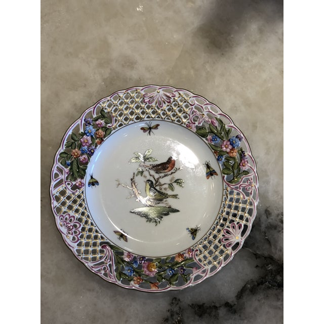 This pattern is considered to be the epitome of hand painting on porcelain. The story behind the motif dates back to the...