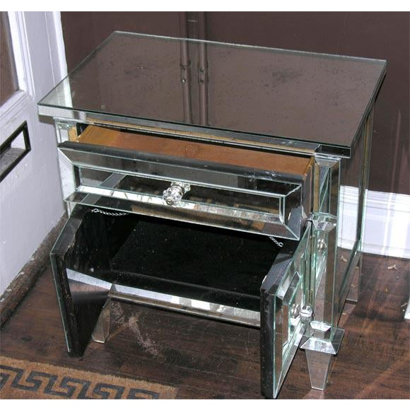 Pair of Custom American Mirrored Cabinet Commodes For Sale In New York - Image 6 of 7