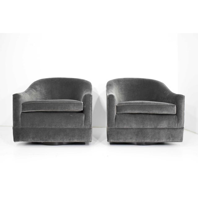 Gray Pair of Harvey Probber Swivel Lounge Chairs For Sale - Image 8 of 8