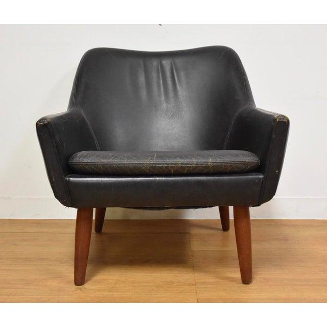 Mid-Century Modern Danish Black Leather & Teak Lounge Chair For Sale - Image 3 of 10