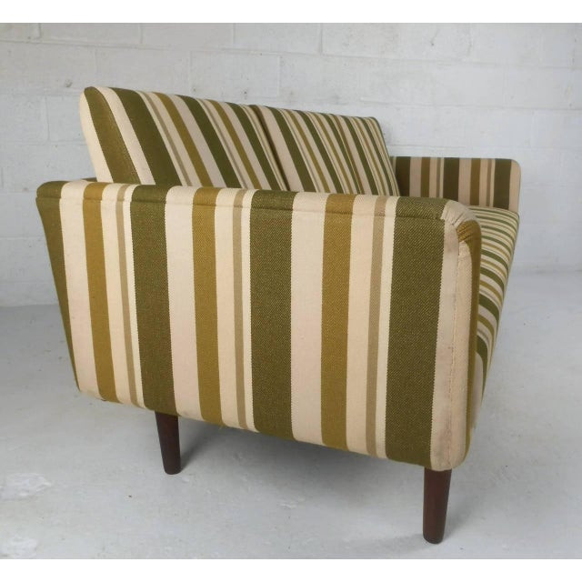 1970s Mid-Century Danish Sofa Attributed to Børge Mogensen For Sale - Image 5 of 9