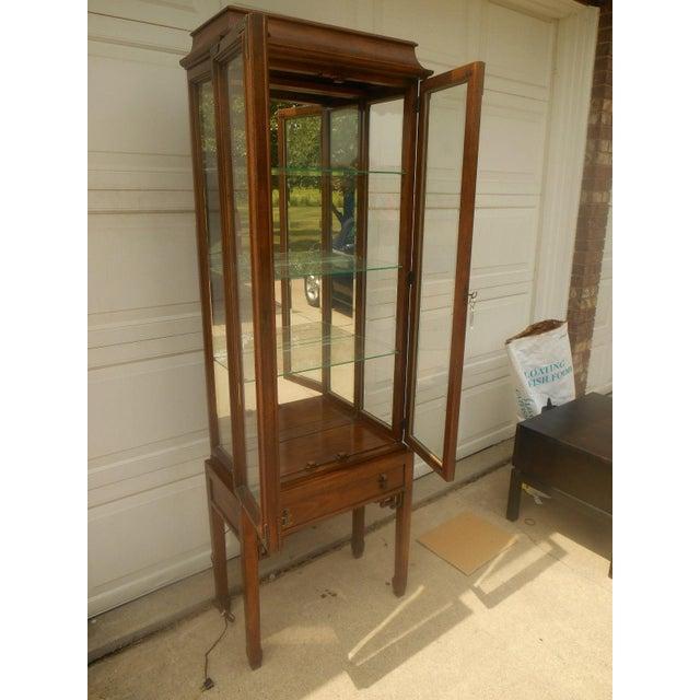 Century Furniture Oriental-Style Lit Curio - Image 4 of 7