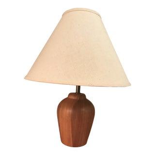 1970s Mid-Century Modern Turned Teak Table Lamp For Sale